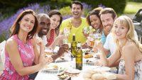 Jak na perfektní zázemí, pokud pořádáte zahradní párty?